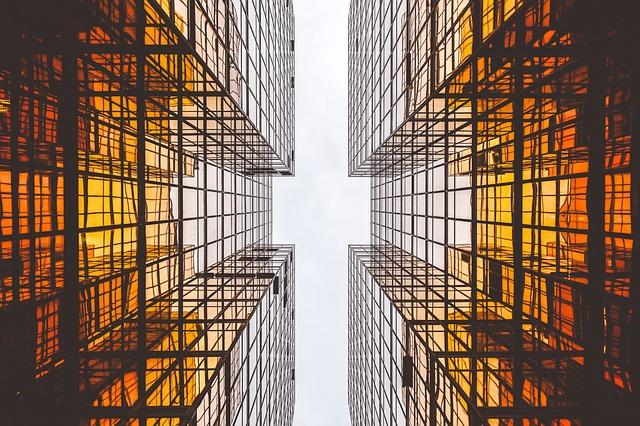 skleněné budovy.jpg