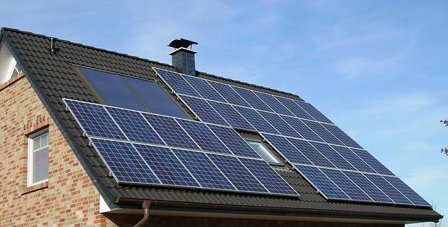 panel solární